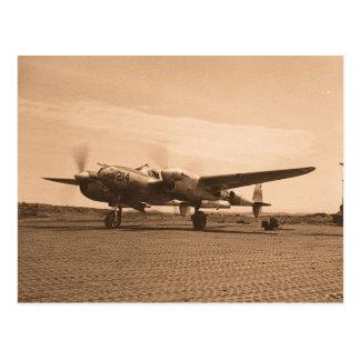 Carte Postale Vieil avion d'appui vertical