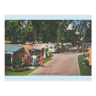 Carte postale vintage de terrain de caravaning de