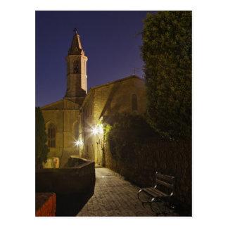 Carte Postale Vue de nuit d'église au crépuscule, Pienza, Italie