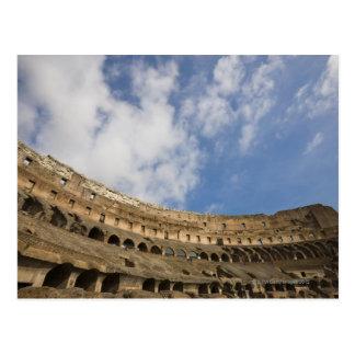 Carte Postale vue large de l'intérieur du Colosseum