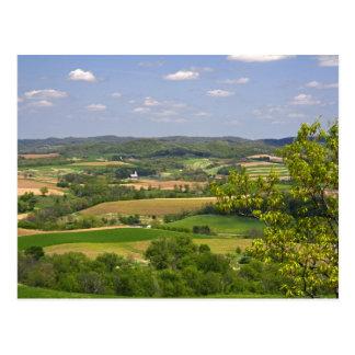 Carte Postale Vue pittoresque des terres cultivables au sud de
