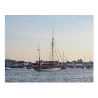 Carte Postale Yacht classique amarré sur TheCrouch