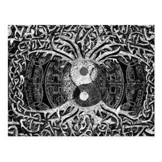 Carte Postale Yin Yang en noir et blanc avec l'arbre de la vie
