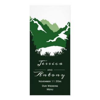 Carte Publicitaire Montagnes vertes, arbres de conifère épousant la