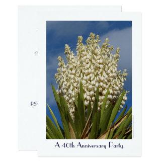 Carte quarantième Yucca fleurissant d'invitation de fête