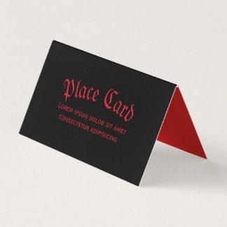 Carte rouge et noire gothique simple d'endroit