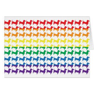 Carte Teckels d'arc-en-ciel de gay pride