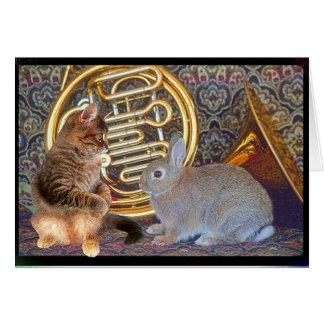 Carte Un lapin, un chaton et un cor de harmonie