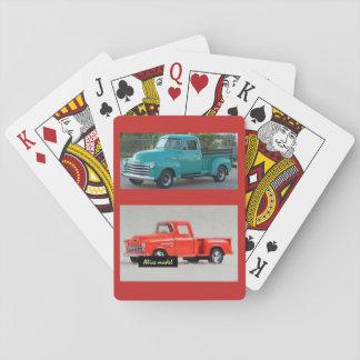 Cartes À Jouer Plate-forme des cartes de jeu avec deux camion