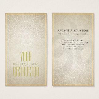 Cartes De Visite Mandala floral d'instructeur élégant de YOGA et