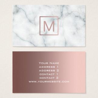 Cartes De Visite or rose de monogramme sur le marbre noir et blanc