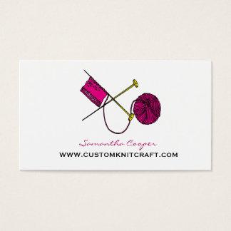 Cartes De Visite Roses indien faisant du crochet et tricotant