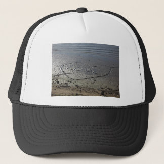 Casquette Amour écrit dans le sable
