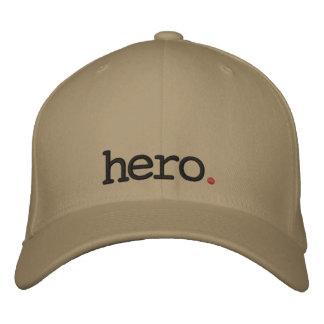 casquette brodé par héros