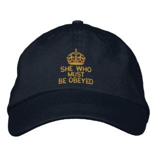 Casquette Brodée Elle qui doit être obéie gardent la couronne calme
