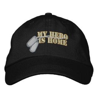 Casquette Brodée Mon héros est maison