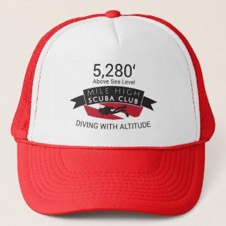 Casquette de haut de club de scaphandre de 5280