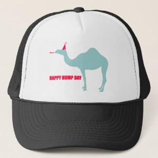 Casquette heureux de chameau de journée en milieu