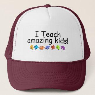 Casquette J'enseigne les enfants extraordinaires (pp)