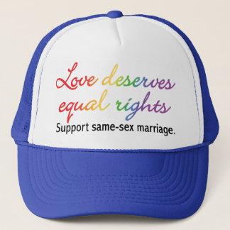 Casquette L'amour mérite l'égalité des droits