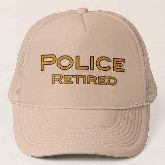 Casquette retiré par police