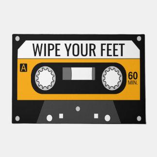 Cassette jaune paillasson