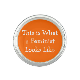 Ce à ce qu'un féministe ressemble bagues avec photo