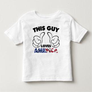 Ce type aime l'Amérique T-shirt Pour Les Tous Petits