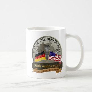 Célébrez l'automne du mur mug