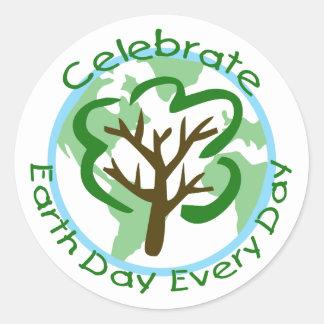 Célébrez le jour de la terre chaque autocollant