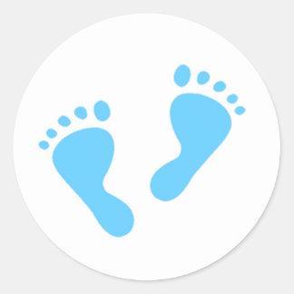 C'est un garçon - pieds de bébé bleu sticker rond