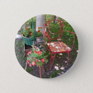 Chaise de jardin orange lumineuse badge rond 5 cm