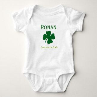 Chanceux personnalisé à être cadeau irlandais de body