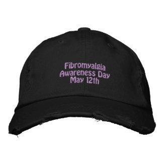Chapeau brodé affligé de fibromyalgie