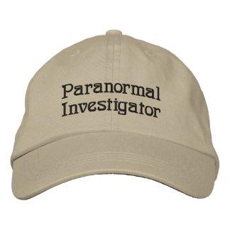 Chapeau brodé par investigateur paranormal