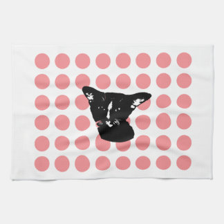 Chat noir - le rouge pointille la serviette de