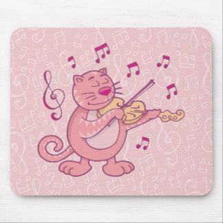 Chat rose avec le violon tapis de souris