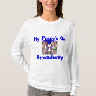 Chat sur le T-shirt de Broadway