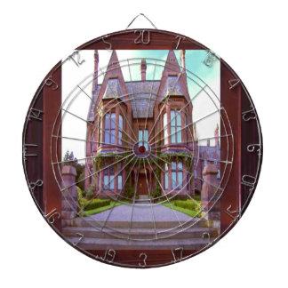 Château vintage dans son architecture jeux de fléchettes