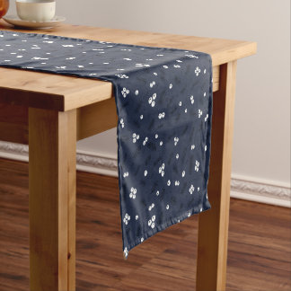 Chemin De Table Court Baies modernes et motif bleu de pin