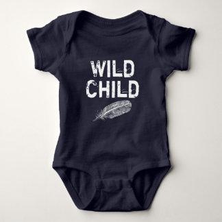 Chemise assortie d'enfant doux et sauvage body