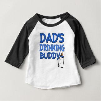 Chemise drôle potable de bébé de l'ami du papa t-shirt pour bébé