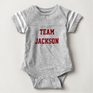 Chemise personnalisée de bébé numérotée par équipe body