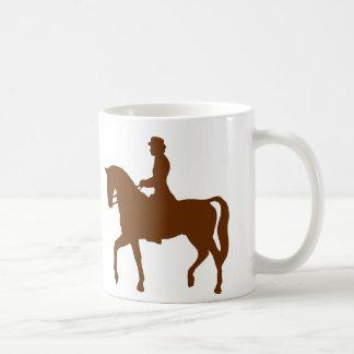 Cheval et tasse classique d'image de silhouette de