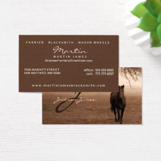 Cheval sous la sépia de chêne avec le monogramme cartes de visite