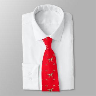 Chevaux d'or sur la cravate d'hommes rouges