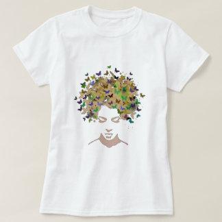 Cheveux de T-shirt de papillons