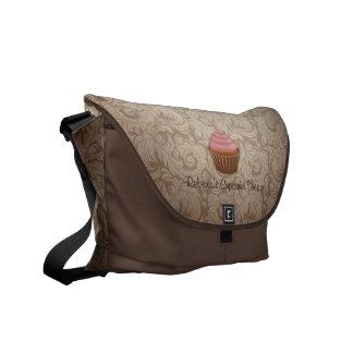 Chocolade en Roze Cupcake met het Patroon van het Courier Bags