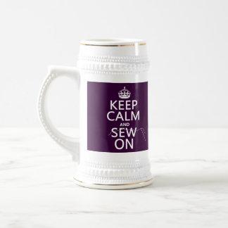 Chope À Bière Gardez le calme et cousez sur (dans toutes les