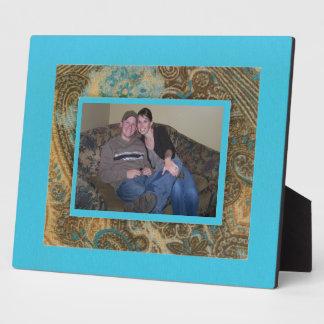 Chute Paisley et plaque bleue de cadre d'oeufs de